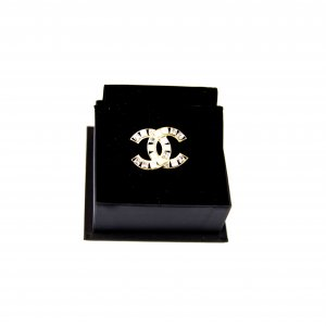 Chanel CC Brooch with Crystals Gold Plated