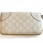 Gucci Leder Portemonnaie in Weiß